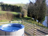 log cabin wales for self-catering breaks